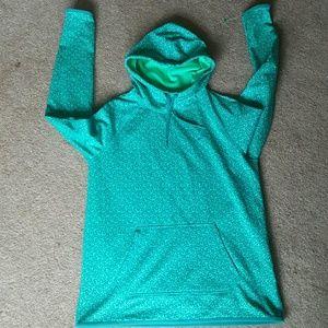Nike therma fit women's hoodies sz M